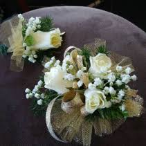 WHITE ROSE CORSAGE /GOLD SHEER CORSAGE AND BOUT SET