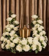 White Rose Cremation Arrangement