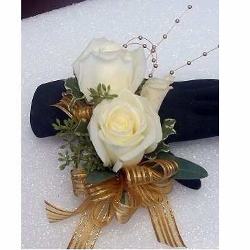 White Shimmer Roses Corsage Wristlet