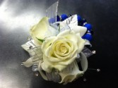 White Roses with a touch of Blue Wristlet