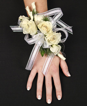 HIGH STYLE WHITE Corsage in Darien, CT | DARIEN FLOWERS