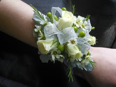 White Spray Roses Wrist Corsage in Saint Johnsbury, VT ...White Spray Rose Boutonniere