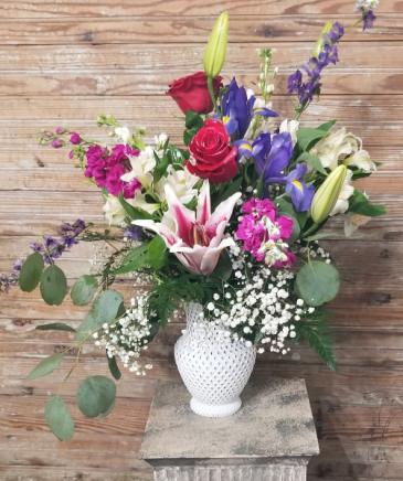 White vase splendor mixed flowers