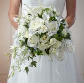 THE FTD® CHERISH™ BOUQUE W7-5041 Bridal Bouquet Semi Cascading