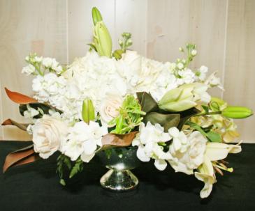 WHITE WEDDING CENTERPIECE SILVER DISH CONTAINER