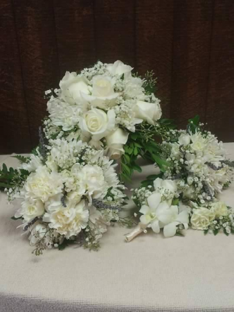 Whites and creams  Bridal bouquet