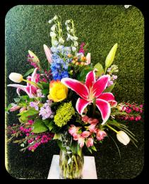 Designer's Choice Wild Spring Bouquet