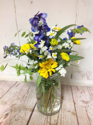Wild Tuscan  Small in Easton, CT | Felicia's Fleurs