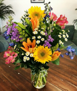 Wildflower Arrangement in Bluffton, SC | BERKELEY FLOWERS & GIFTS