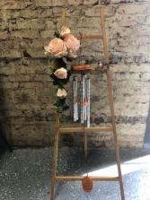 Windchimes/Silk Arrangement Standing Easel Windchime