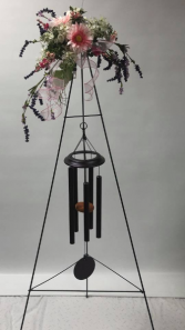 WINDCHIMES WITH FRESH FLOWERS