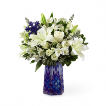 Winter Bliss™ Bouquet holiday
