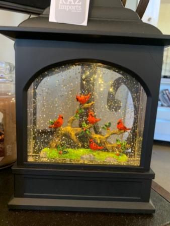 Winter Cardinals Water globe lantern