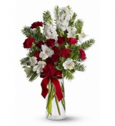 Winter Delight (one sided vase arrangement)