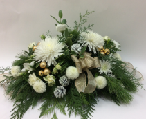 Winter Elegance  Center Piece