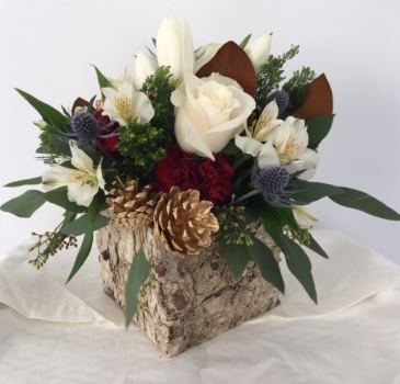 Winter in the box Flower arrangement