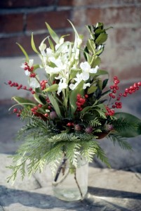 Wintertime Nature Mason Jar Arrangement