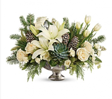 Winter Wilds Centerpiece Christmas Centerpiece