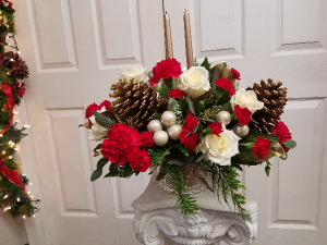 Winter Wonder Centerpiece Christmas in Mount Pleasant, TX | DESIGNS BY LISA