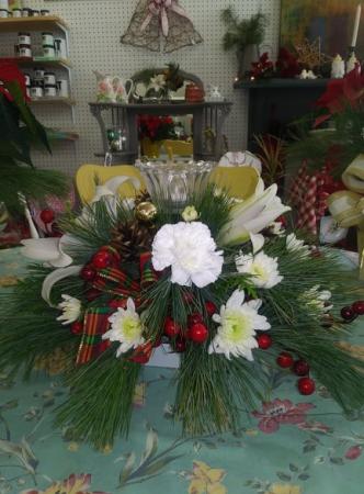 Winter wonderland bouquet centerpiece