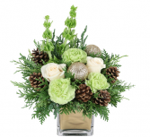 Wintergreen Christmas Christmas Arrangement