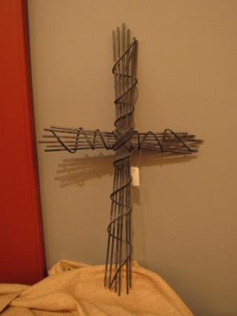 Wire Wall Cross