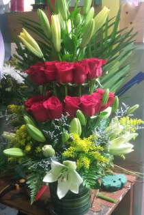 with love anniversary flowers