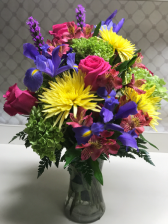 Wonderful Spring Bouquet Fresh In Monticello In Roberts Floral Gifts
