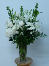wonderland  vase arrangment