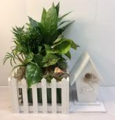 Wood Birdhouse Planter