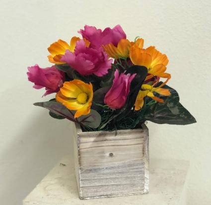 Wood Box With Pink And Orange Silk Flowers Silk Arrangement In Elko Nv Leeanne S Floral Designs