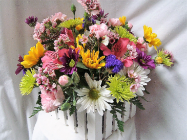 """Wood Picket Fence Arrangement"" cute centerpiece! Long lasting mixed colors arranged!"