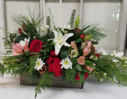 Wood Rectangle Box Centerpiece Christmas In Meredith Nh Dockside Florist