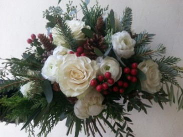 Woodsy Holiday Handtied Bouquet