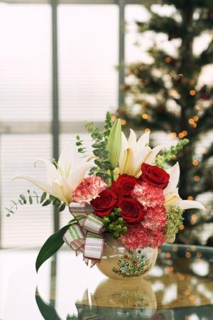 World of Joy Ornament Christmas Collection
