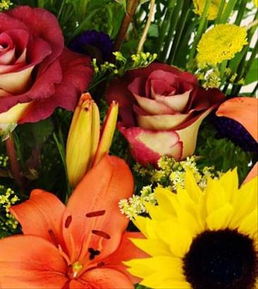 Wrapped cut bouquet Flower Arrangement
