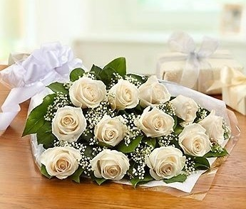Wrapped White Roses- Presentation Style