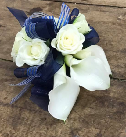 wrist corsagee calla lilies and spray roses