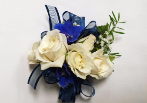 Wristlet  WNB Corsage in Chatham, NJ | SUNNYWOODS FLORIST