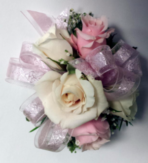 Wristlet  WPM Corsage in Chatham, NJ | SUNNYWOODS FLORIST
