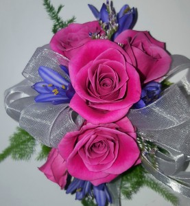 Wristlet  HPR Corsage in Chatham, NJ | SUNNYWOODS FLORIST