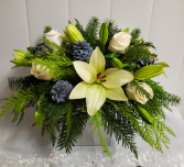 X-Mas-White Christmas Centerpiece