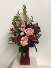 XOXO red Vase arrangement