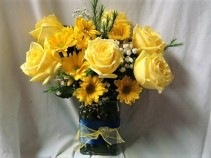 YELLOW AND BLUE RIBBON DETAIL AROUND  VASE! 6 YELLOW ROSES AND YELLOW DAISIES WITH BABY'S BREATH!
