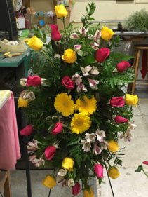 Yellow and pink Standing spray