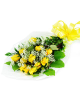 Yellow beautifully wrapped roses - 937 Flowers