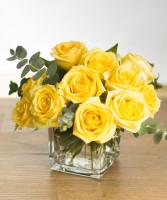 YELLOW ELEGANT MIXTURE OF FLOWERS