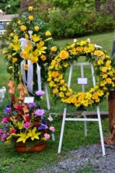 Yellow Mixed Wreath  Standing piece.