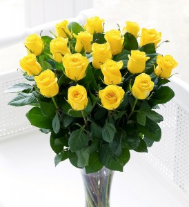 18 Yellow Roses Vased Vase Arrangement