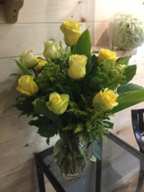 Yellow Rose Dozen